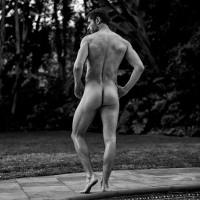 Julian Morris bares his beautiful bum for YUMMY Magazine.