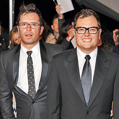 Comic Alan Carr to marry Paul Drayton -- and best pal Adele's going to be the bridesmaid.