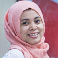 Fearless Indonesian journalist wins award for reports on LGBT issues.