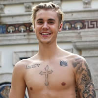 "Justin Bieber banned from China in order keep nation ""pure."""