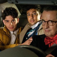 """Nik Dodani chats about his first gay role in """"Murphy Brown."""""""