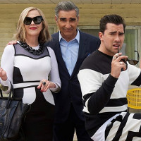 "5 reasons you should watch ""Schitt's Creek"", like, yesterday."