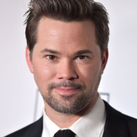 "Andrew Rannells' new memoir has ""Too Many Dicks"" for his mom."