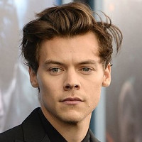 "Harry Styles in talks to play Prince Eric in ""Little Mermaid"" remake."