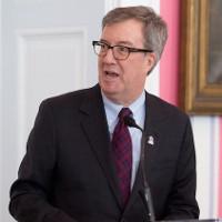 """Canadian mayor says """"I'm gay"""" in heartfelt essay."""