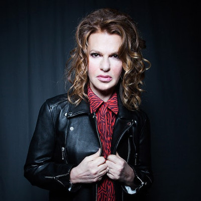 Str8UpGayPorn Awards announces Sandra Bernhard as host