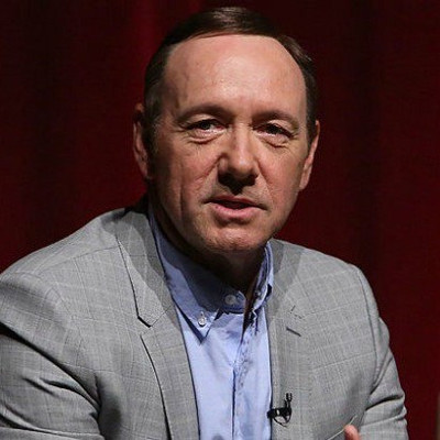 Kevin Spacey comes out ... amid accusations of sexual assault