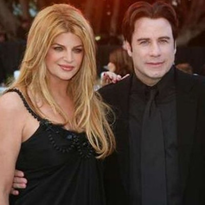 Kirstie Alley claims that John Travolta is straight