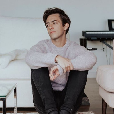 "Kevin McHale releases ""Help Me Now"" music video"