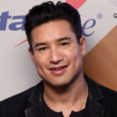 Mario Lopez sorry for anti-trans comments