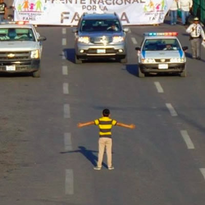 Mexicans hit street to protest (and support) gay marriage